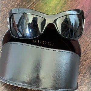 Black womens gucci sunglasses